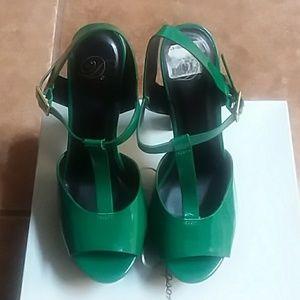 Green Diva 6 inch heels.